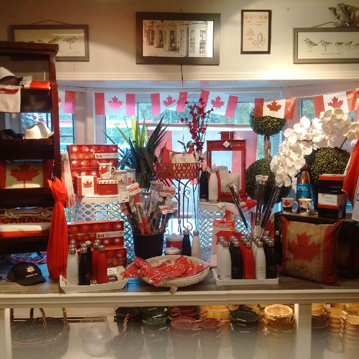 Great Canada items at Vermeer's